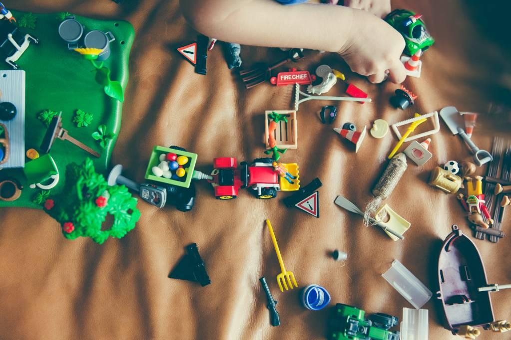 ee_crianca_brincar_legos